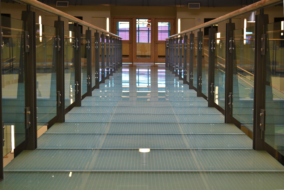 Decorative glass glass and mirror craft for Glass floor mirror